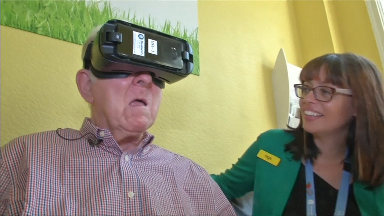 VR Headsets Are Helping Dementia Patients