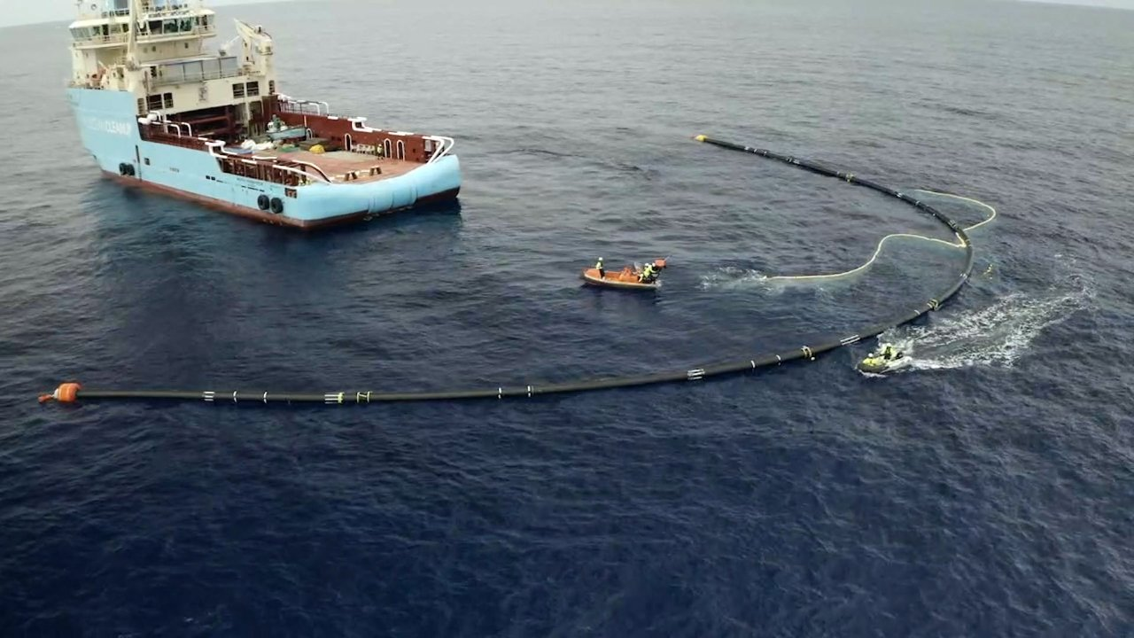 Ocean Cleanup Project Reaches Pacific Garbage Patch
