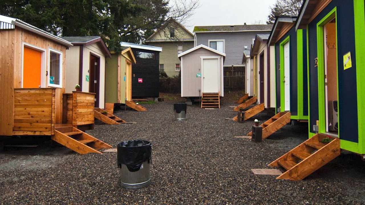 Women Carpenters Are Building Houses For The Homeless