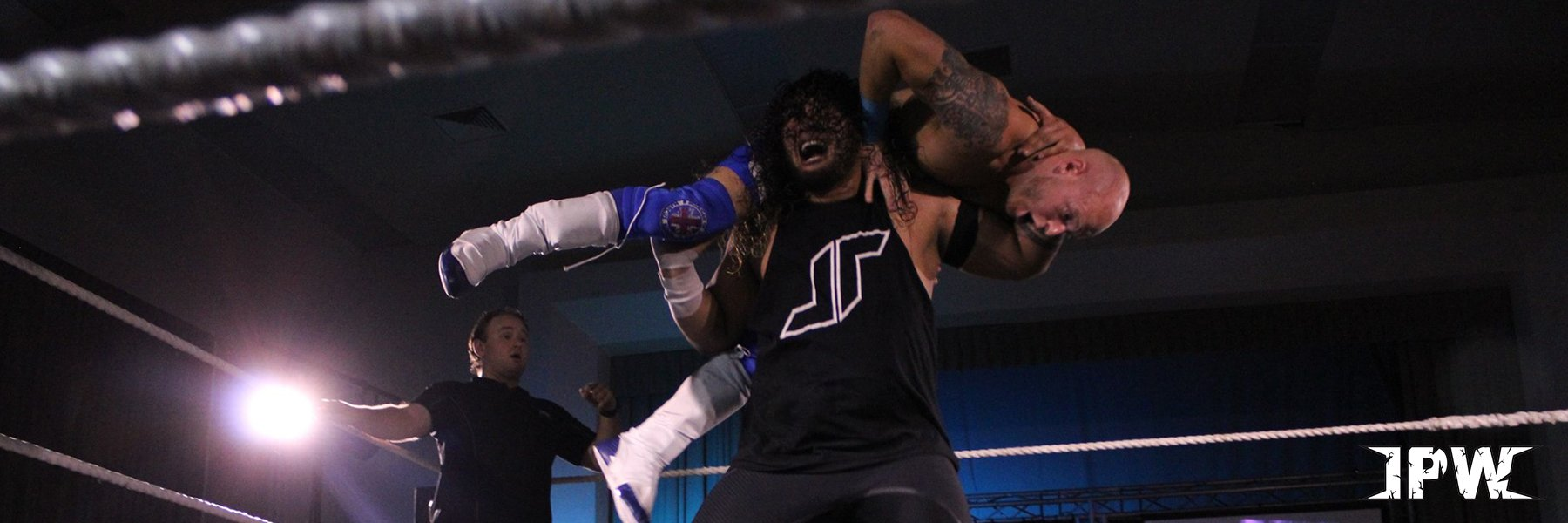 ACTION FROM IMPACT PRO WRESTLING NZ!