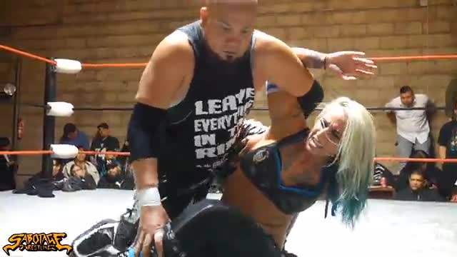 Non Tournament Match: Christina Von Eerie vs B-Boy