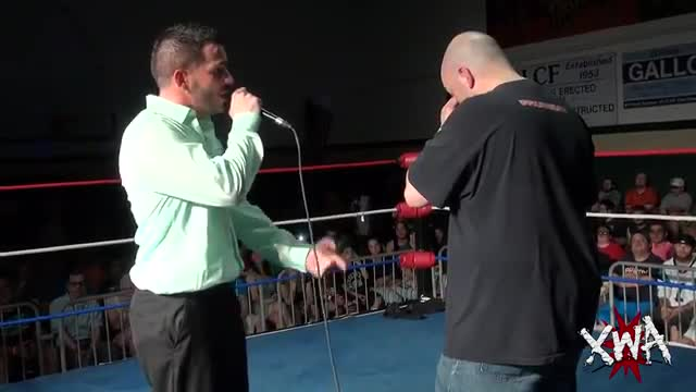In ring segment with Jason Blade/Phoenix and students