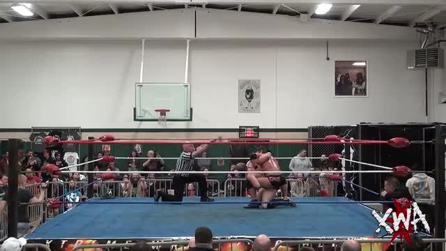 Biff Busick (Oney Lorkin) vs Roderick Strong