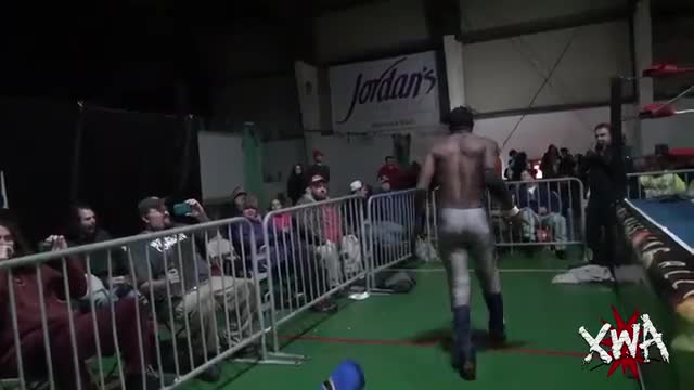 Jason Blade vs Shane Strickland