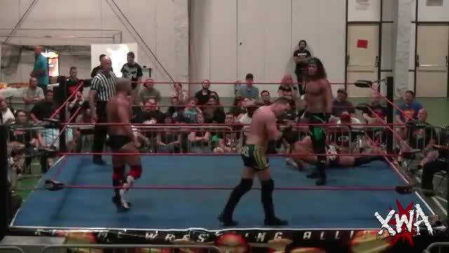4way scramble Chris Dickinson vs Matt Taven vs David Starr vs Jason Blade