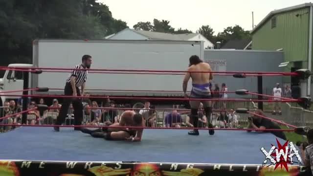 Brick Mastone vs Xavier Bell