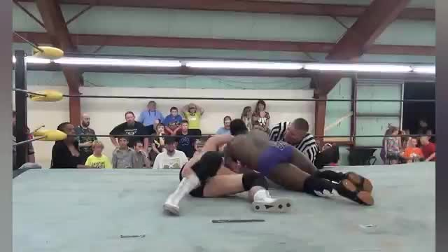"Cedric Alexander vs. Chase ""Cauliflower"" Brown"