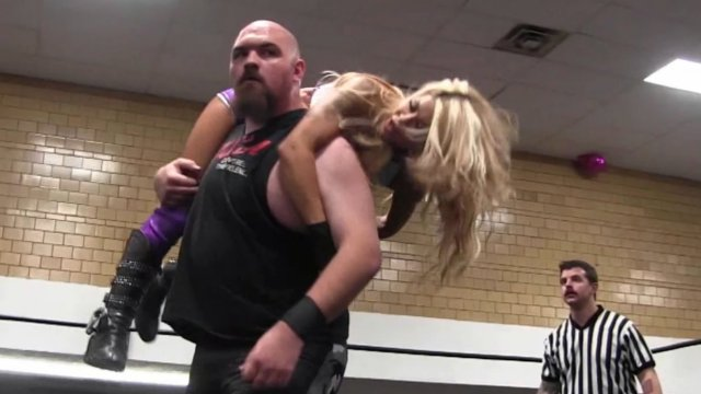 WOW - Angelina Love & Sonny Kiss vs Vanity & Juba (Intergender)