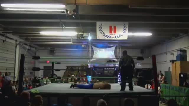 12/10/16 Hayne Vs Rob Lloyd Vs Brian Kiesel Vs Christian Doyle - To Crown Crusierweight Champion