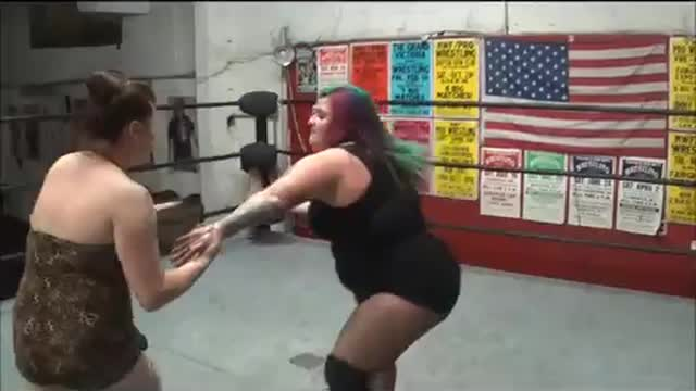 Thunderkitty vs Kathy Owens
