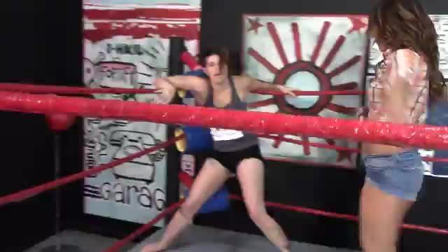 Lela Beryl VS Allie Parker