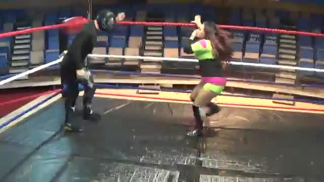 Paris Kelly and Nikki Lane vs Arkansas Terror