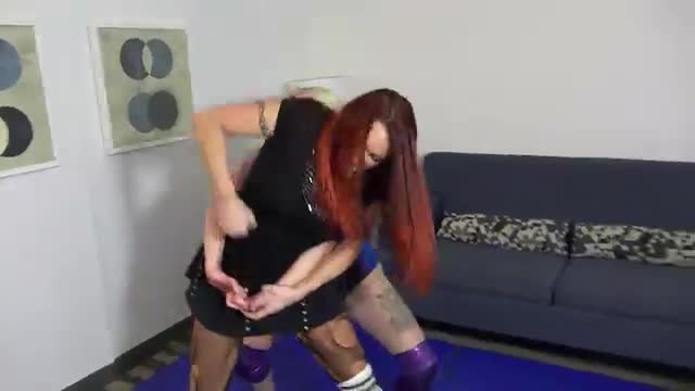 Heather Owens vs April Hunter