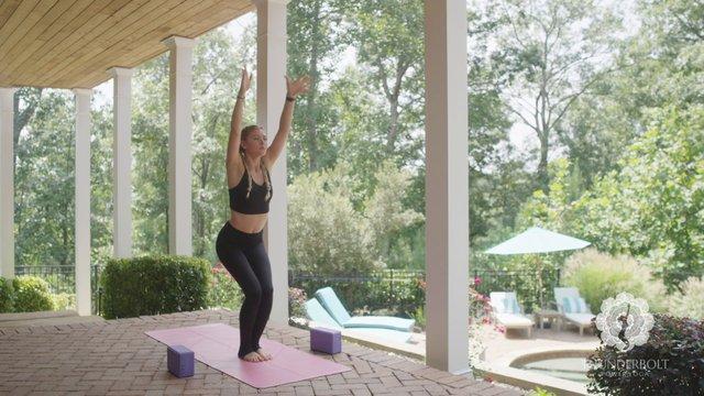 Expansion Yoga Flow: 35 Minutes