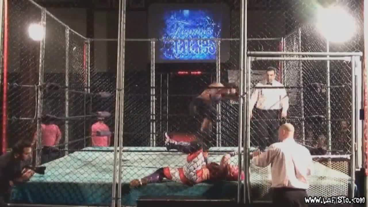 Cage Match: LuFisto Vs Mercedes Martinez
