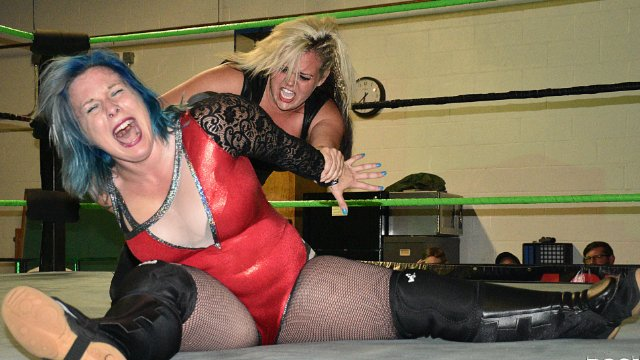 LuFisto VS Blackwidow Eve