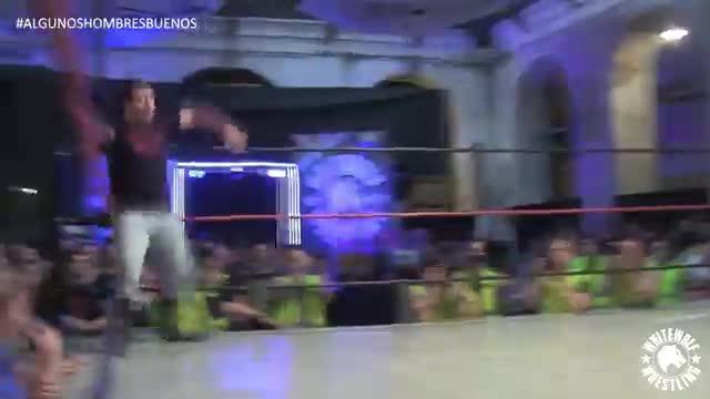 Hades vs Ruky - Algunos Hombres Buenos