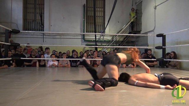 Sara León vs Zozaya: Level One - Nada que perder