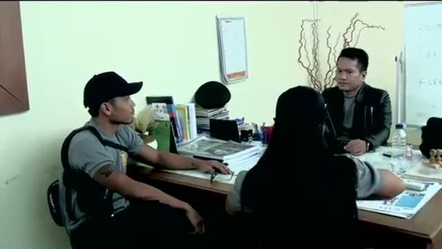 Bali Sisters.Chapter_9.In_Police_Office