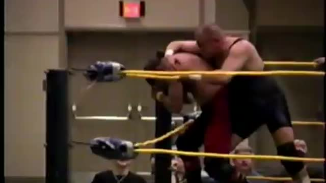 Classic Match Oct. 2001 John Noble vs. Eddie Browning