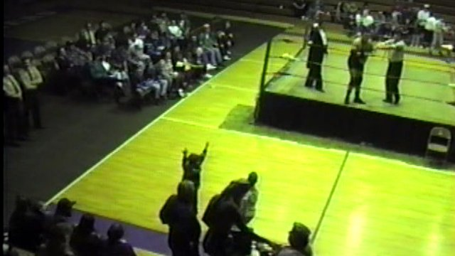 Southern States Wrestling Fan Cam Spruce Pines, NC Dec. 9, 1995