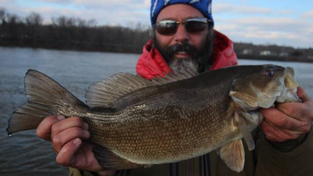 Cold High Water River Smallmouth with Mike Breeding