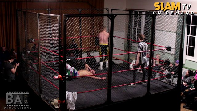 Slam Wrestling - Steel Cage Show | Match 4 | Dan Striker v Casey Wild (Hardcore Title Match)