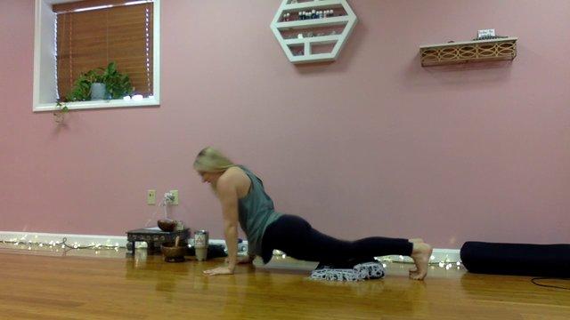 Mini Yoga Flow (All Levels)