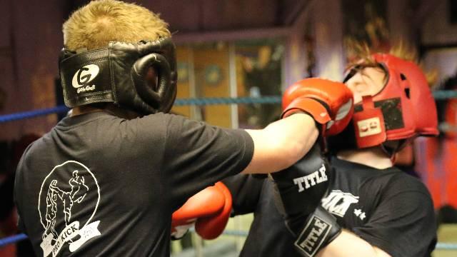 Beginner Kickboxing Sparring - Newbies