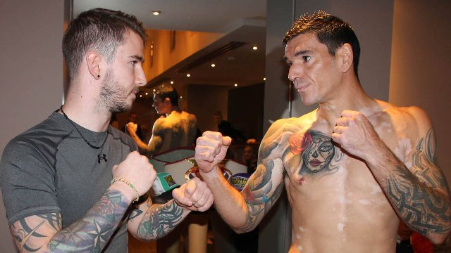 Reza Davies Vs Aaron Smyth kickboxing