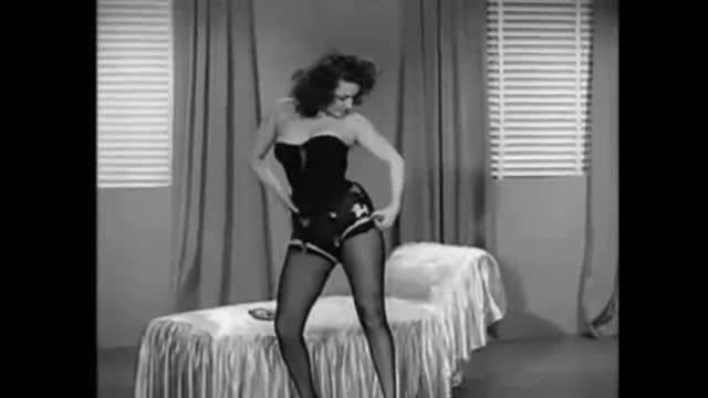 BlazeS-Burlesque Movie (Film Class)