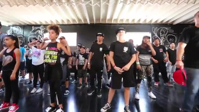 Solow - Krumping Fundamentals taught at Academy of Villains' Studio V