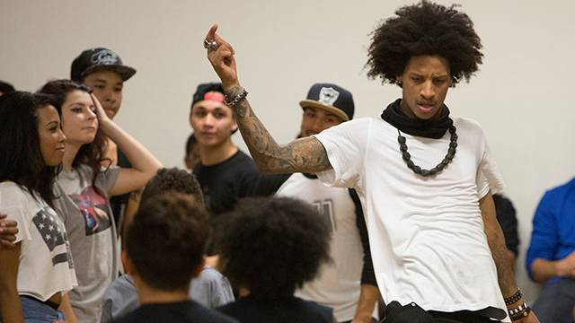 Les Twins in San Francisco : Yak Films : Larry