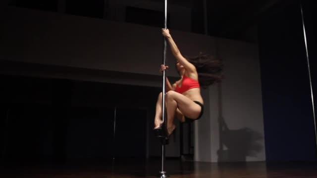 Classic Pole w/Jen: Fireman Spin