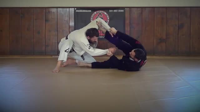 BJJ Technique #108 Inverted Spider Guard Sweep