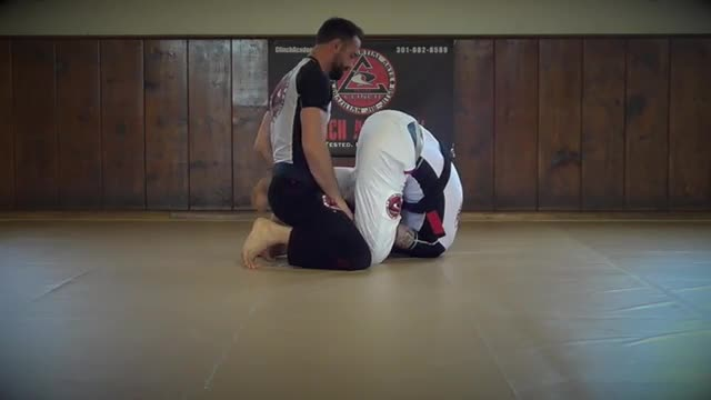 BJJ Technique # 67 Under Hook Escape
