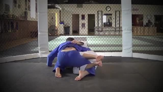 BJJ Ronin Bear Trap from Half Guard
