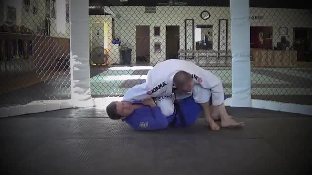 BJJ Ronin Berimbolo from Reverse Knee on Belly