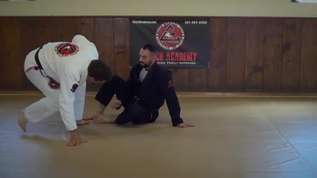 BJJ Technique # 152 Reverse De La Riva Sweeps