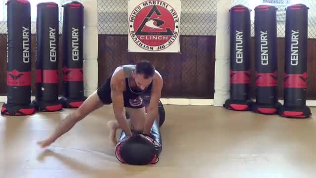 Bag Drills / Cross body & knee on belly transitions