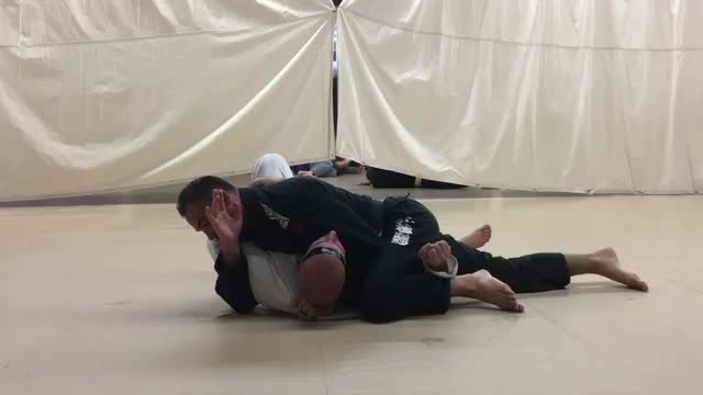 Step Over Lapel Choke & Bread Cutter Choke from Side Control