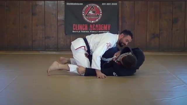 BJJ Technique #107 Lasso Guard/Knee Smash Pass