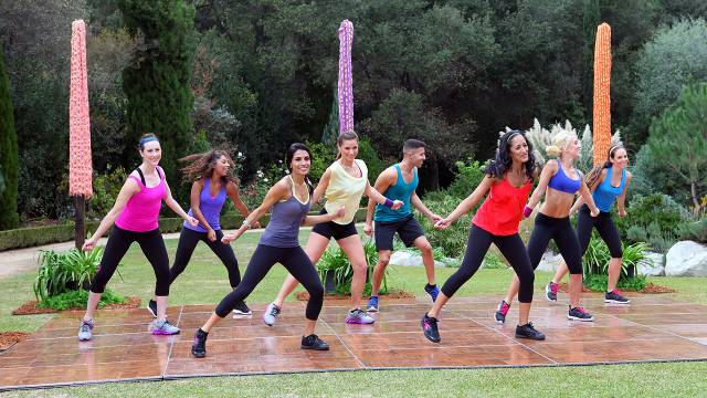 Doonya - Cardio Dance - Cardio, Hips & Abs