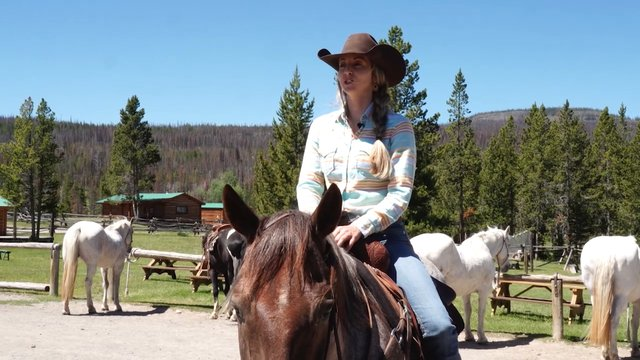 Horsemanship Leadership Girls Camp pt.2