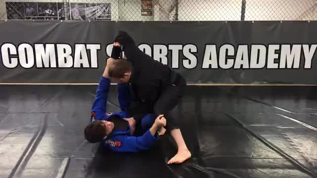 Collar/Spider Guard > RDLR to Leg Push Sweep