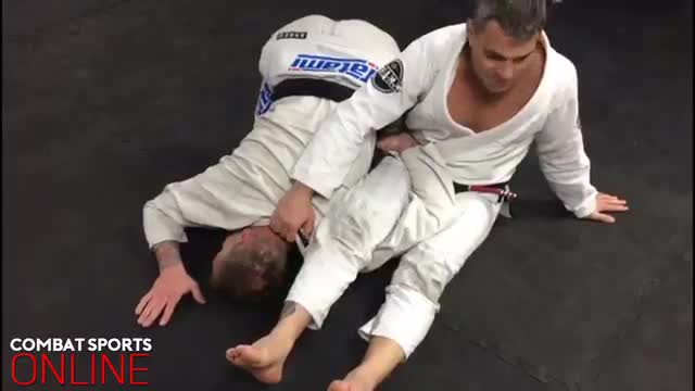 Closed Guard Shoulder Clamp > Triangle/Armbar/Teepee > Omoplata > Armbar