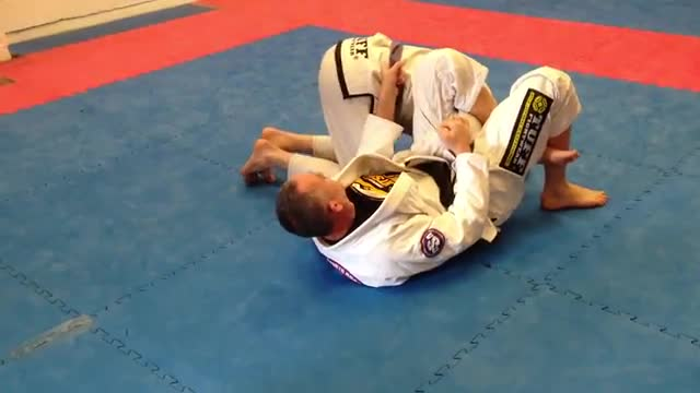 Omaplata From Guard