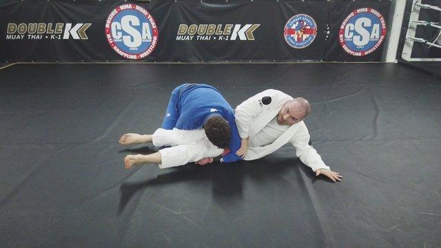Elbow Push Escape Vs Double Unders Pass