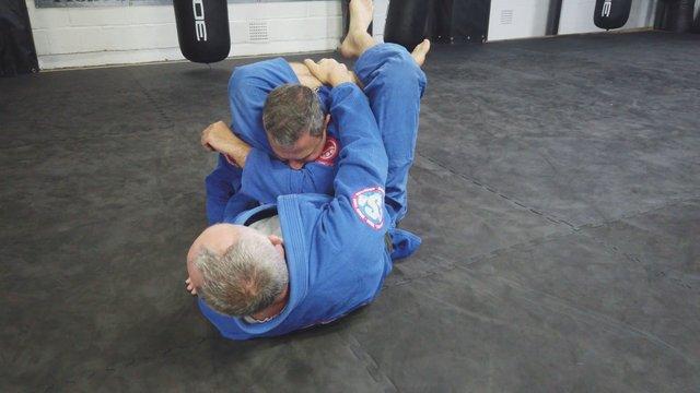 Closed Guard Grip Smash Triangle > Reverse Lock Triangle Kimura