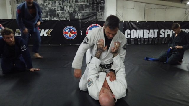 Mounted Armbar Attacks